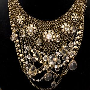 Gorgeous Statement Necklace and two pairs earrings